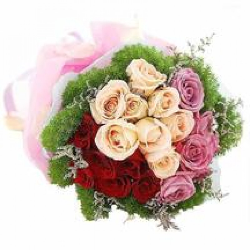 20 Mixed Roses Hand Bouquet